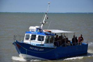 Bateau de pêche en mer - l'amiral des côtes - Beauvoir sur Mer